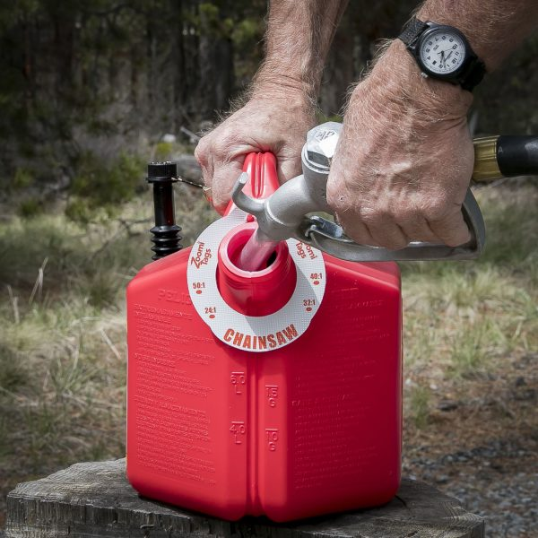 CHAINSAW-Gas-Can-ID-Tag-LARGE-FUEL-NOZZLE